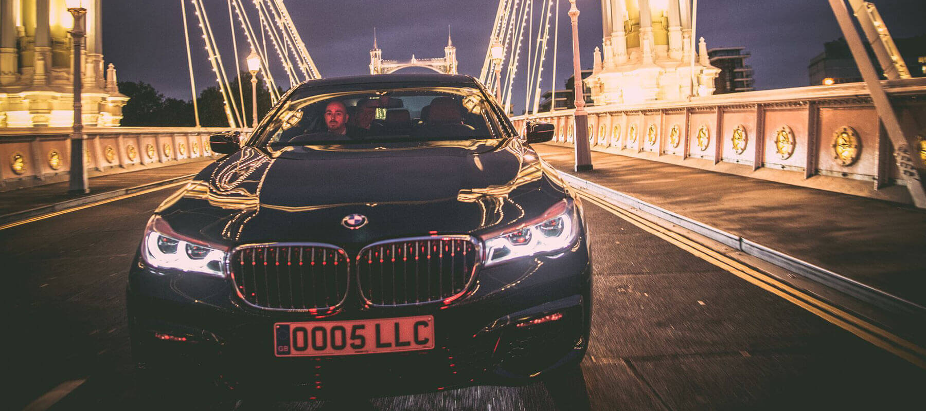 BMW 7 Series on London Bridge